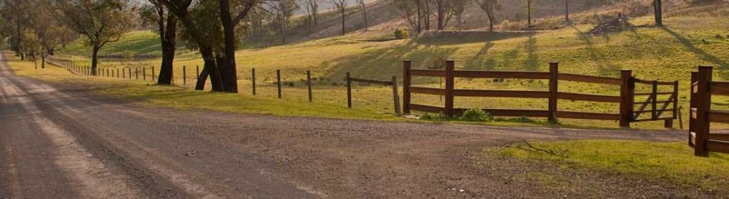 http://steelscreek.vic.au/wp-content/uploads/2013/08/slider-road-1024x280.jpg